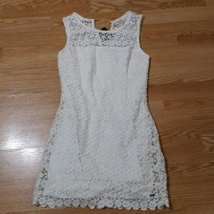 Hollister, White lace, mini dress. Size 0, nwt